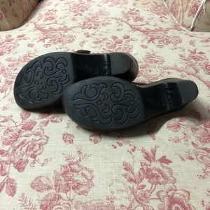 Born-clogs/mules-slip on leather shoes/thick heel